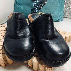 BJORNDAL Molly Clogs Sz 9.5M Leather Black EUC